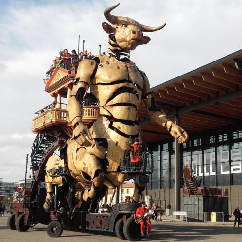 Cultureel La Machine1